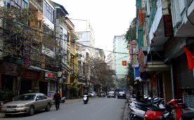 Bán khách sạn mặt phố Nguyễn Trường Tộ, 75m2, mặt tiền 4.5m, vị trí đẹp, 30 tỷ.